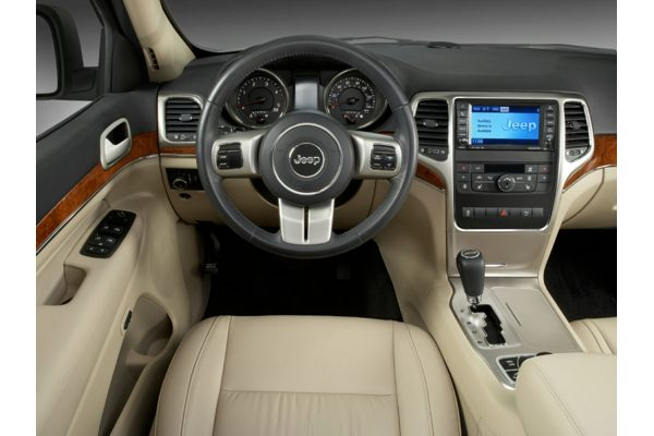 2013 Jeep Grand Cherokee Price Photos Reviews Features